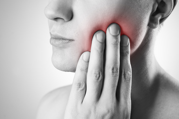 image of wisdom teeth pain
